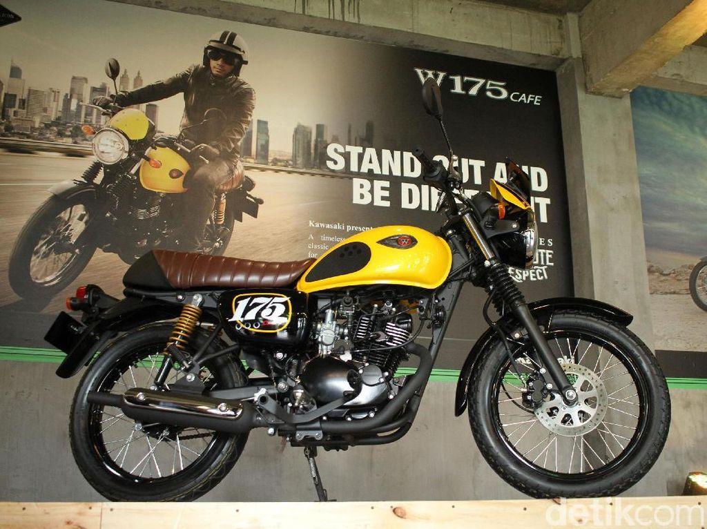 Kawasaki W175 Masih Betah Pakai Mesin Karburator