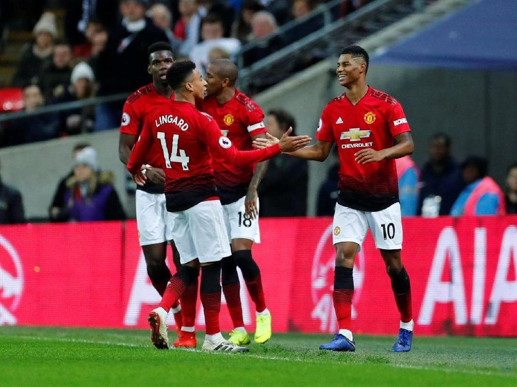 Hasil Lengkap Liga Inggris: MU Masih Mulus, Man City Super Produktif