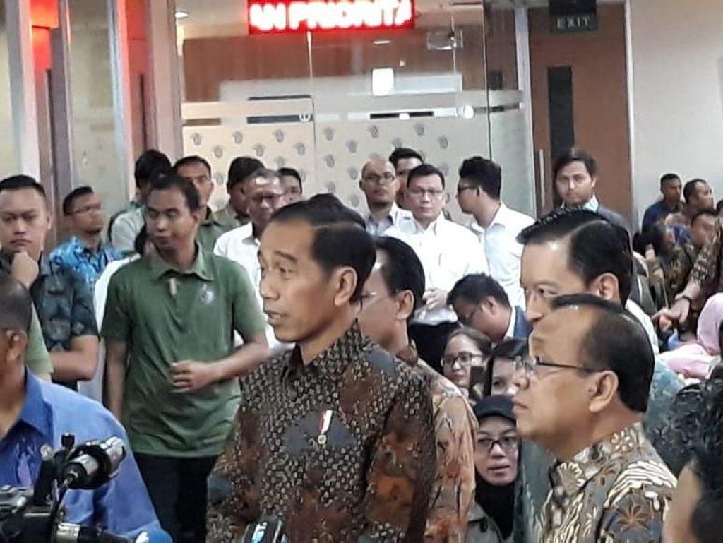 Pagi-pagi Jokowi Sidak Layanan Investasi Online di BKPM