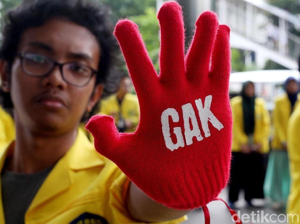 Aksi Masyarakat dan Mahasiswa Tuntut Usut Tuntas Kasus Teror KPK