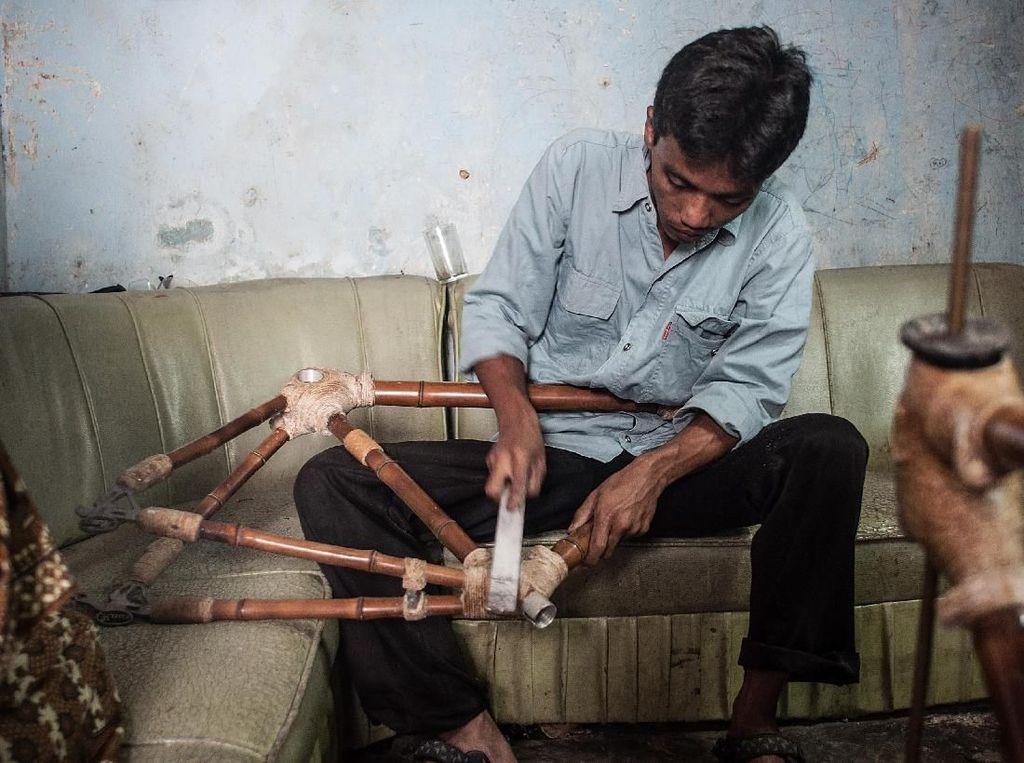 Bagaimana Sepeda Bambu Dibuat? Begini Prosesnya