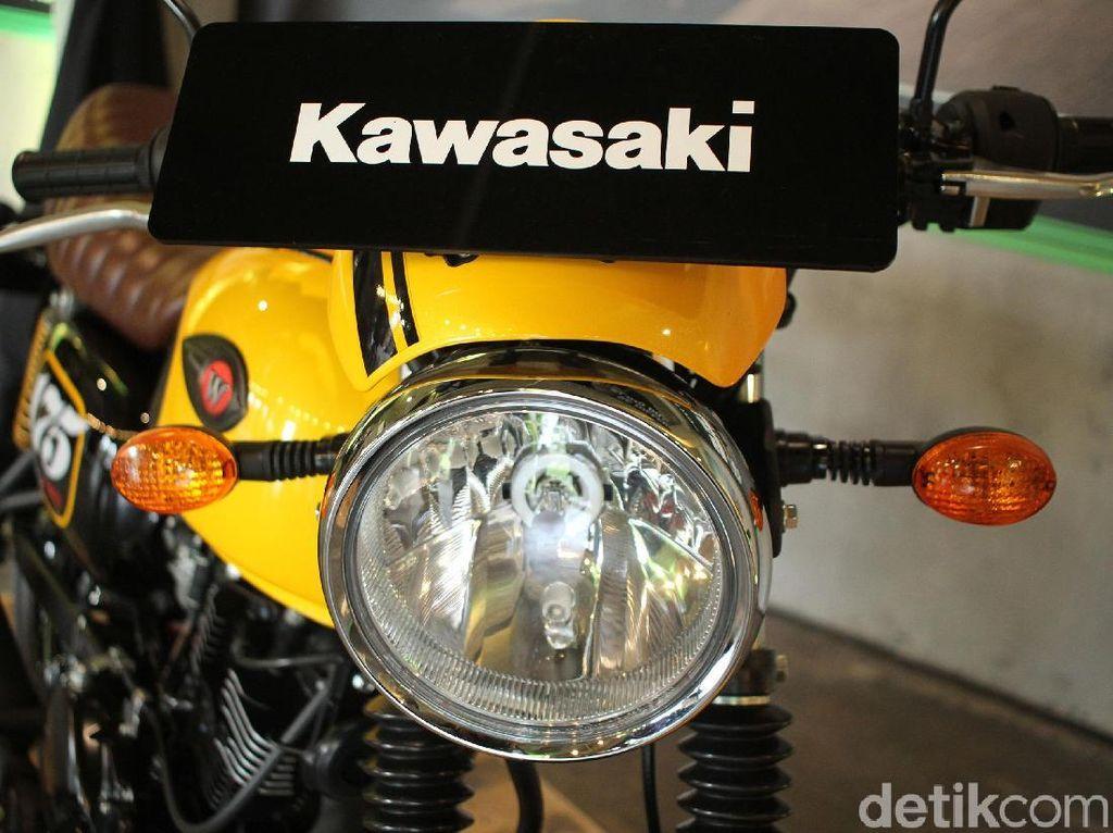 Alasan Kawasaki Tidak Sematkan Jok Tunggal dan Buntut Tawon di W175 Cafe