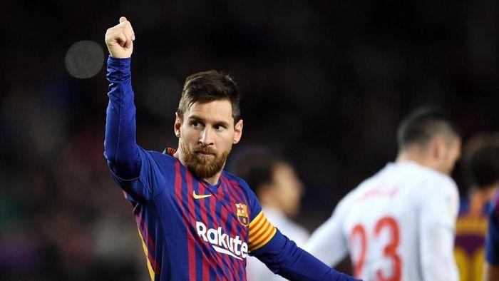 Lionel Messi juga pernah menolak saat akan diganti, sama seperti Kepa Arrizabalaga (David Ramos/Getty Images)