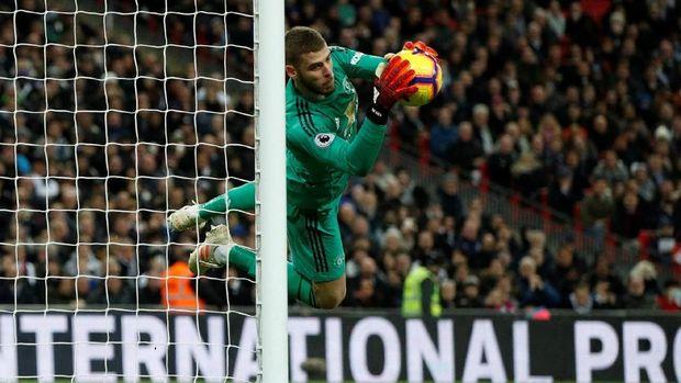 David De Gea membuat 11 kali penyelamatan saat menghadapi Tottenham Hotspur. (