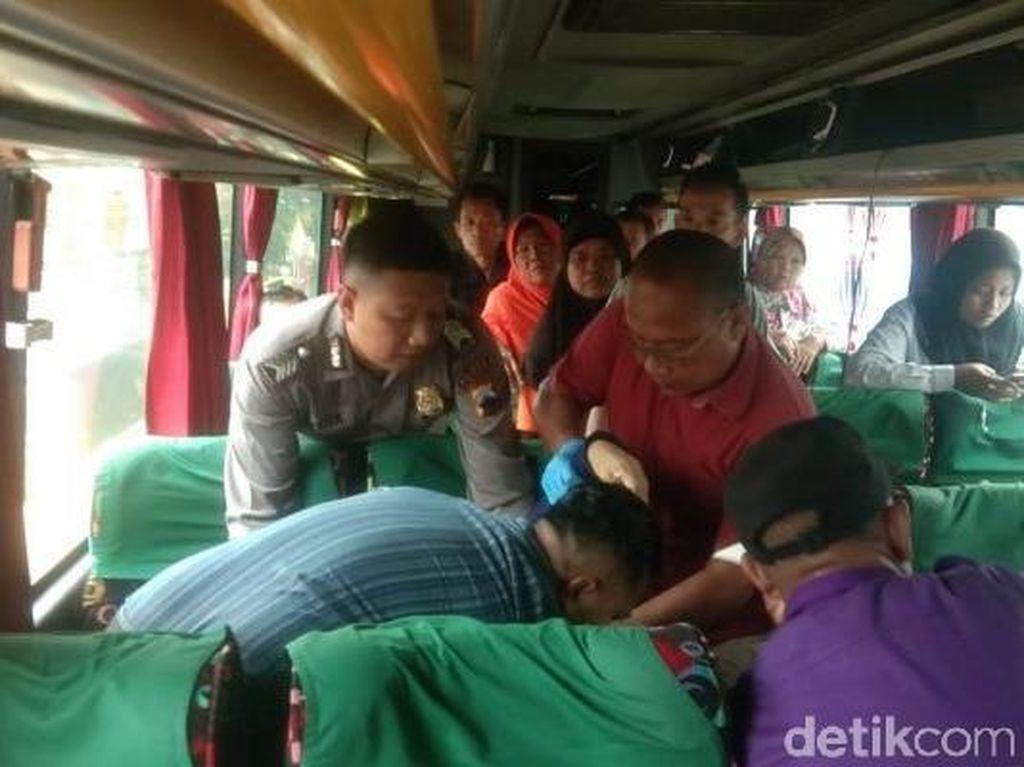 Warga Situbondo Meninggal di Jok Bus AKAP