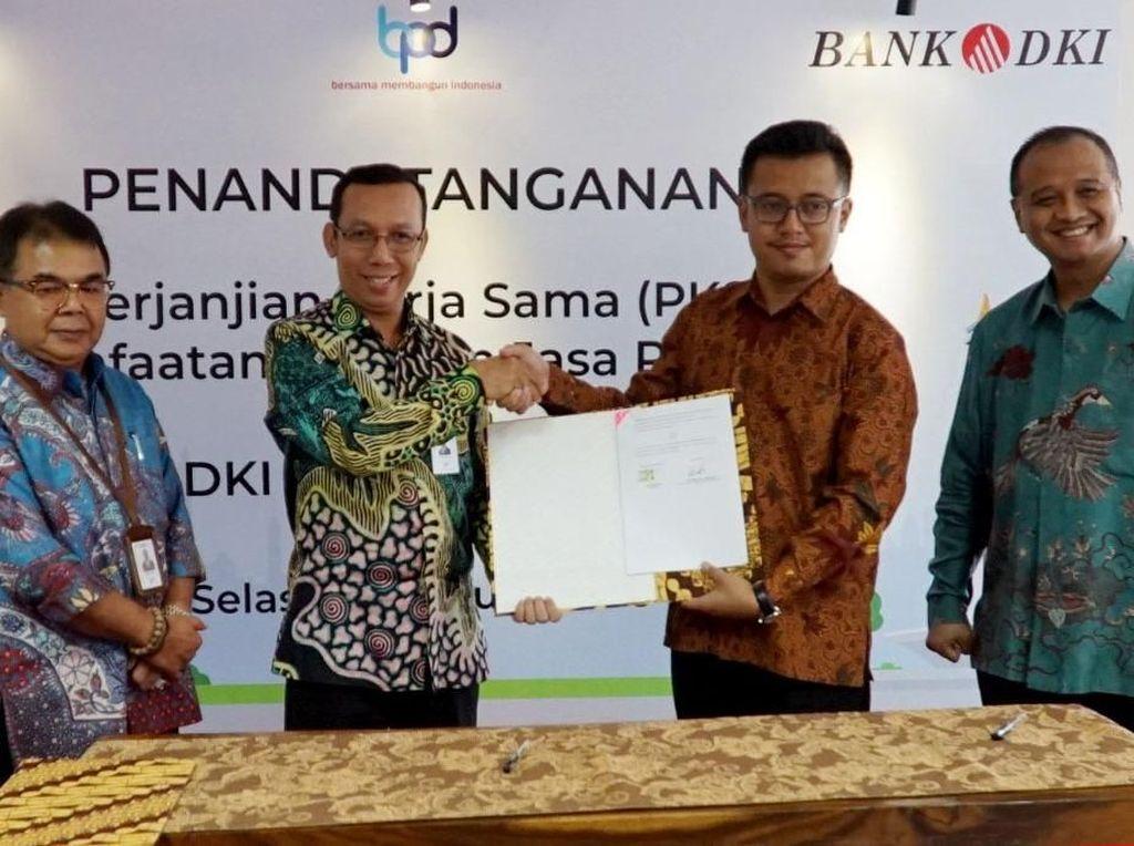 TransJakarta Gandeng Bank DKI untuk Layanan Perbankan