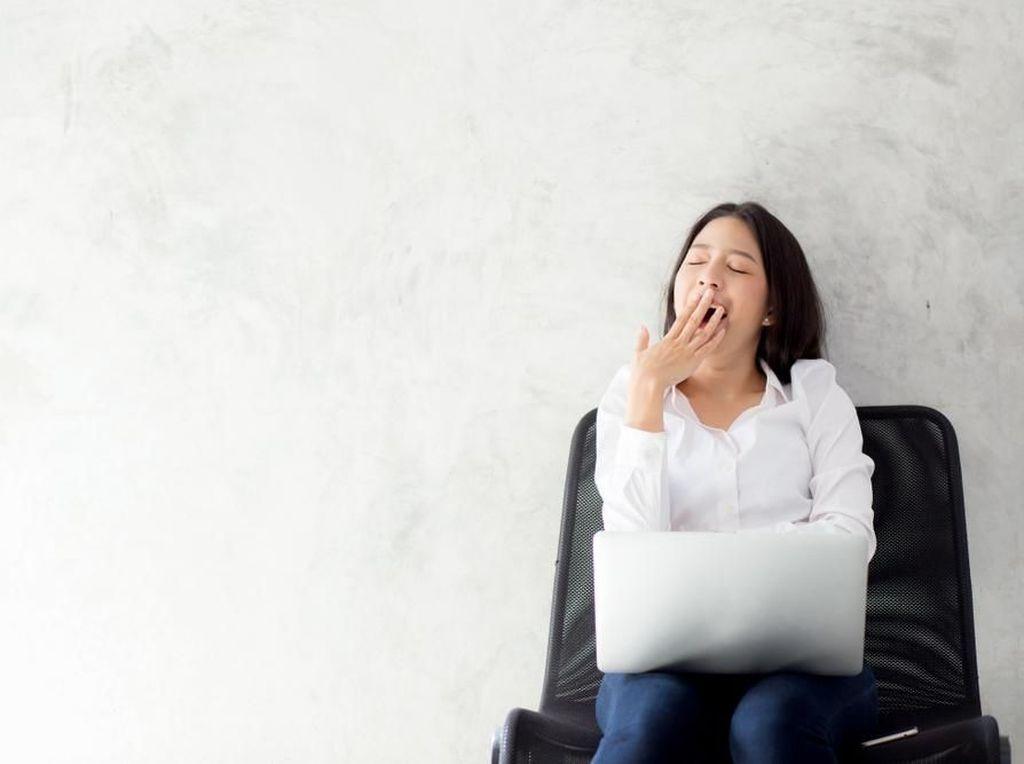 5 Cara Tubuh Mengingatkan bahwa Kamu Kurang Tidur