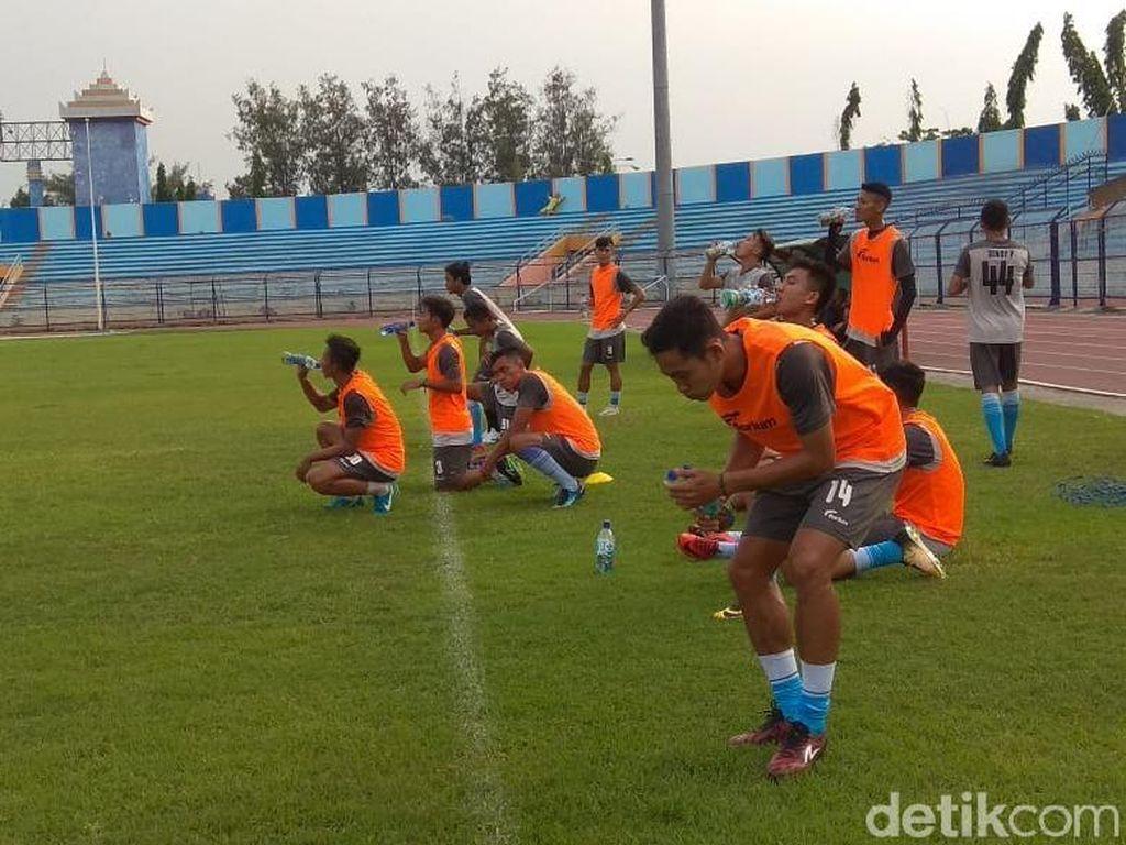 Skuat Persela Belum Komplet di Latihan Perdana, Masih Ada Seleksi