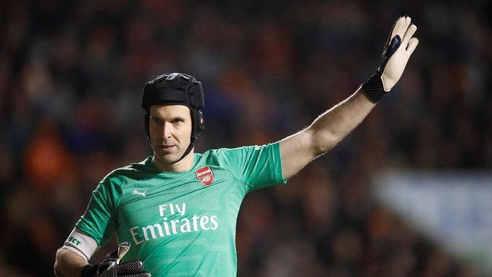 Petr Cech ingin menutup kariernya dengan gelar Liga Europa (Foto: Carl Recine/Reuters)