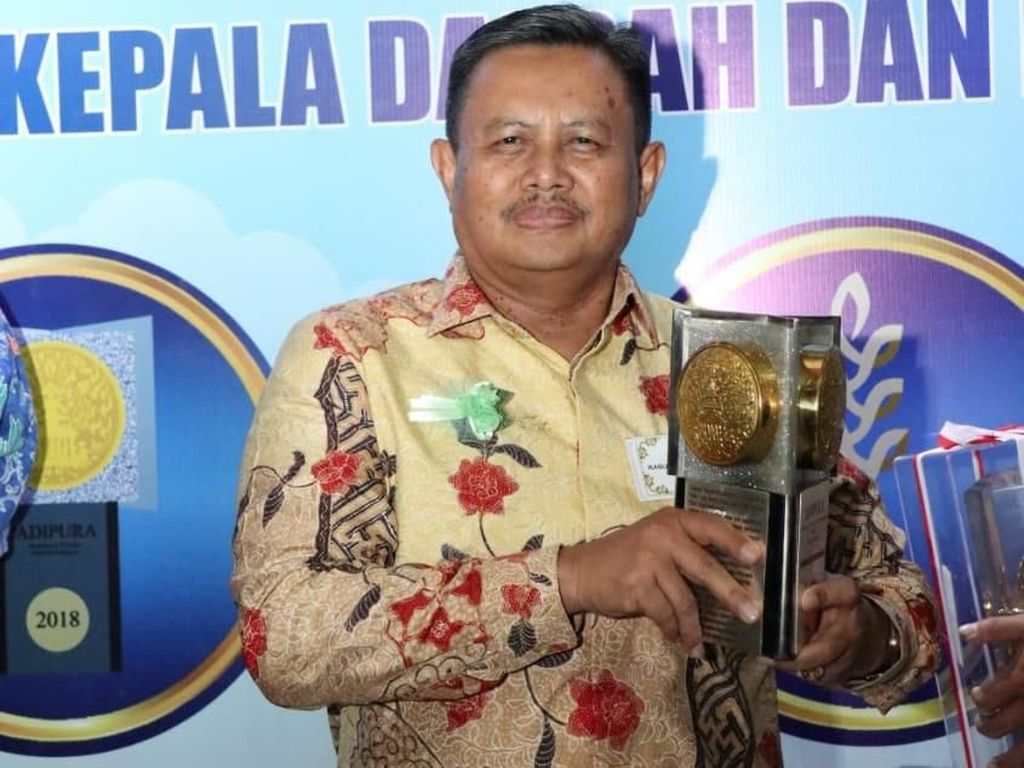 Piala Adipura ke-10 Diperoleh Indramayu
