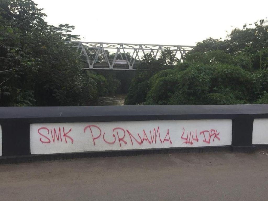 Wakil Wali Kota Depok Sesalkan Aksi Vandalisme di Jembatan Panus