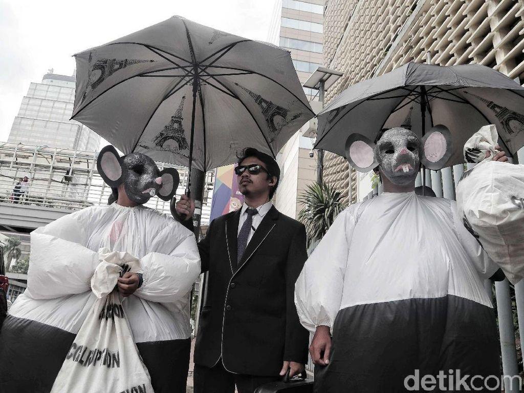 Aksi Tikus Berdasi Gaungkan Indonesia Bersih dari Korupsi