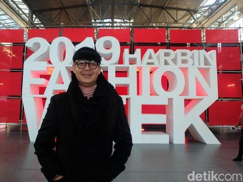 Priyo Oktaviano terpilih menjadi desainer terbaik di Harbin Fashion Week, China.