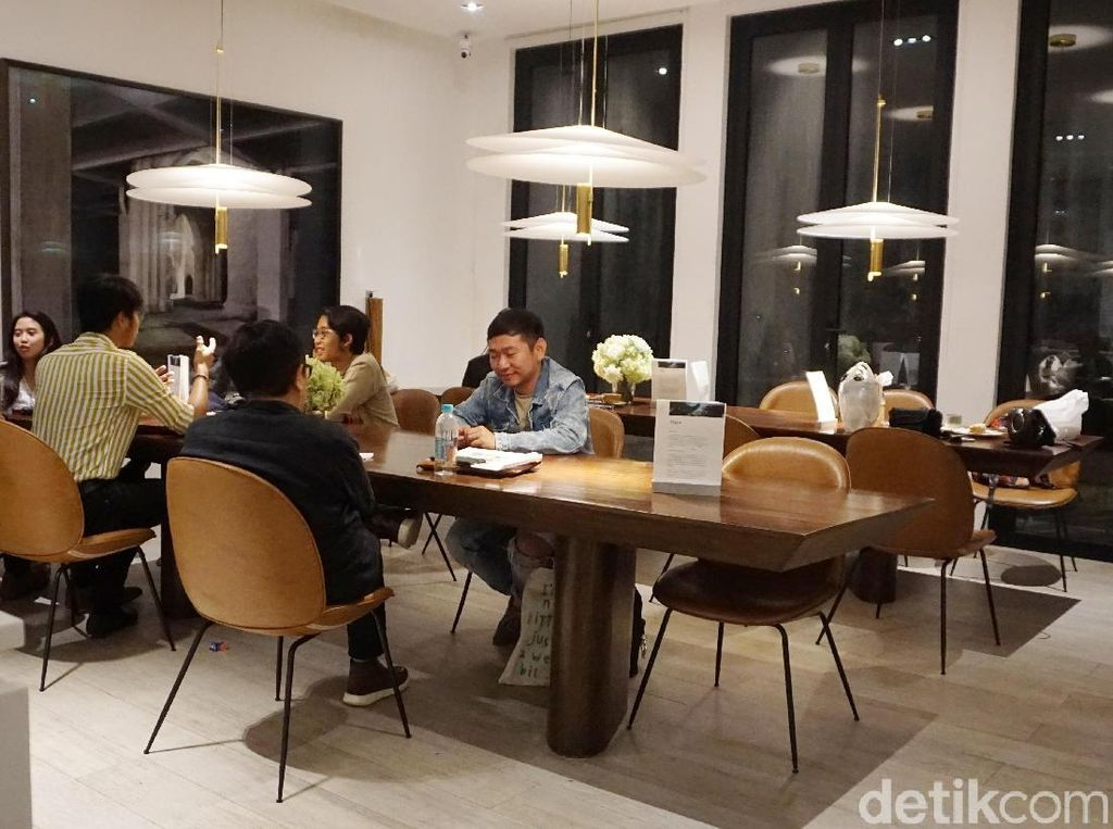 Main ke Kedai Kopi Punya Raisa yang Buka Cabang di Jakarta