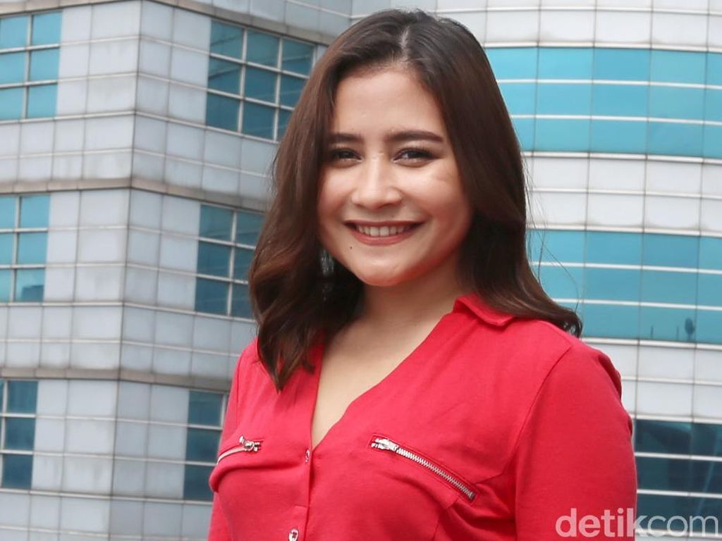 Usai Nyoblos, Prilly Latuconsina Deg-degan Video Call dengan Sandiaga