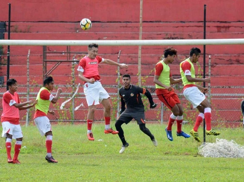 Semen Padang Tanpa Pelatih Kepala Hadapi PS Tira di 32 Besar Piala Indonesia