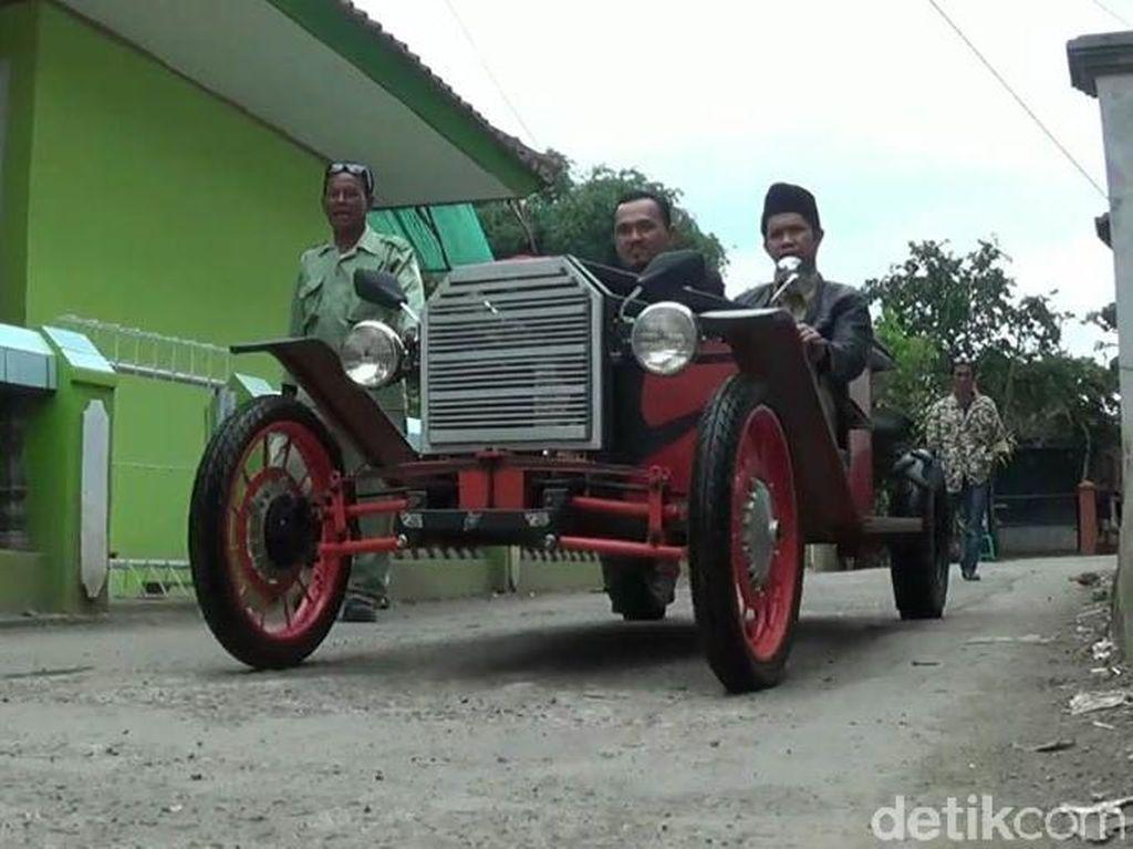 Mobil Antik dari Besi Bekas Pernah Ditawar Pengusaha Rp 15 Juta