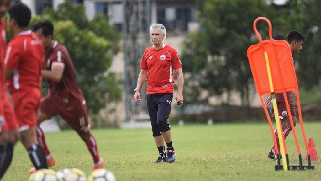Terancam Tanpa 3 Pemain Asing dan Ryuji di Liga Champions, Ivan Kolev Pede