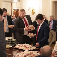 Dari Kicauan 'Hamberder', Begini Suasana Pesta Junk Food di Gedung Putih