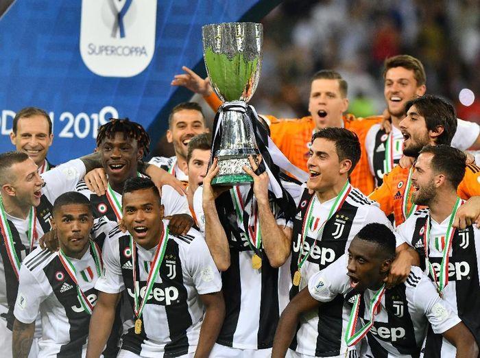 Juventus memenangi Piala Super Italia kedelapan, yang terbanyak di antara tim-tim lain. Foto: Waleed Ali/Reuters