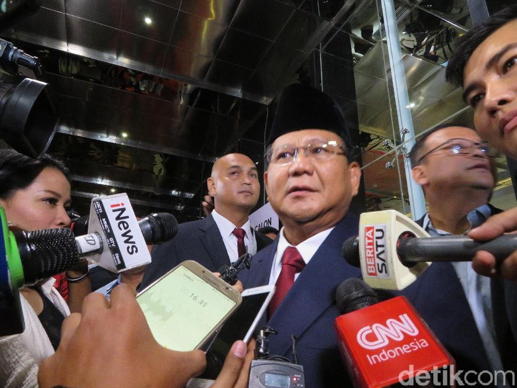 Prabowo Sapa Relawan di London: We Must Work Hard Together