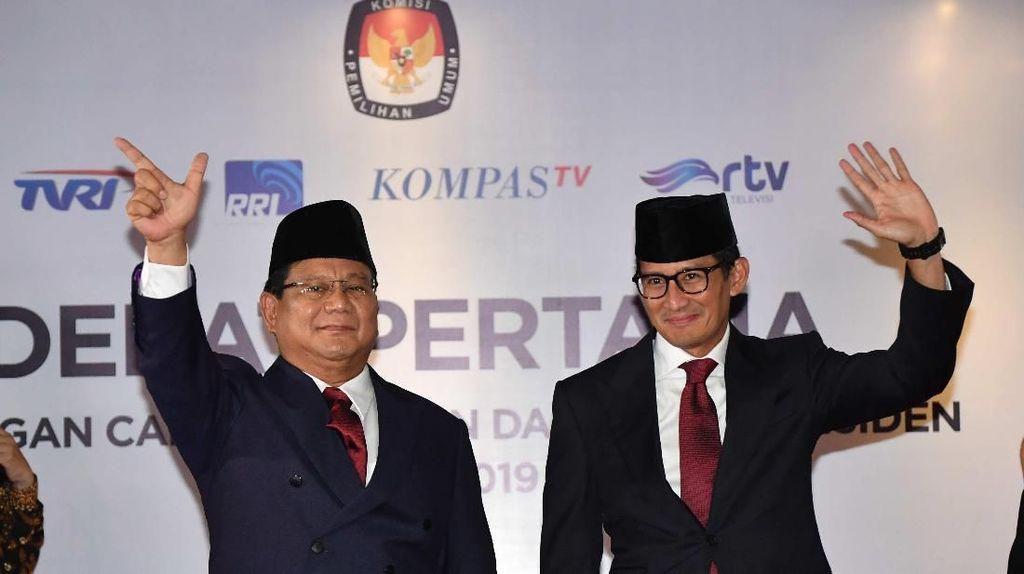 Naik Arena Debat, Prabowo-Sandiaga Bawa Map dan Kertas