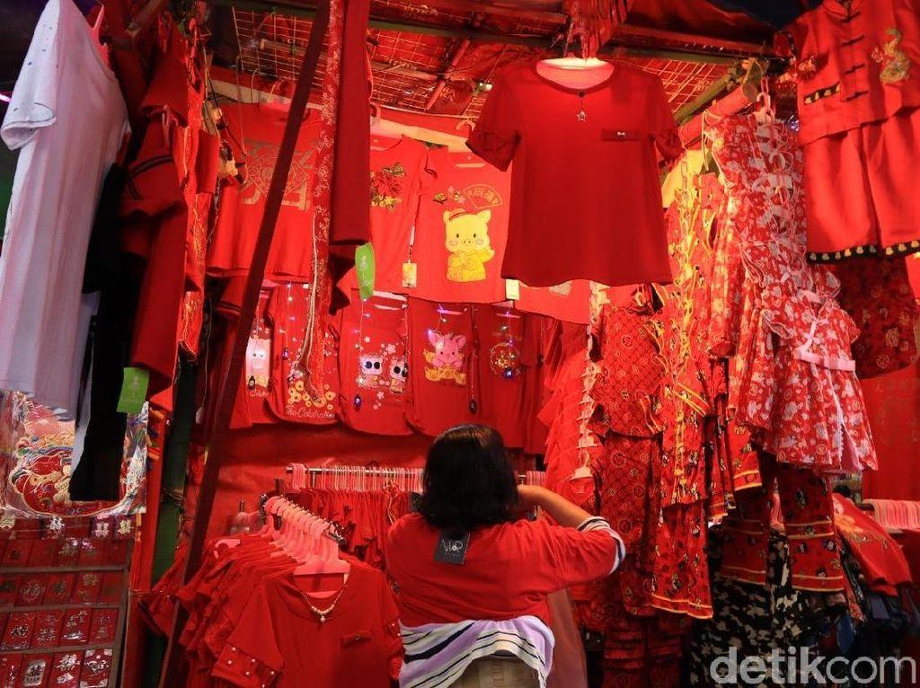 Foto: Meriahnya Pecinan Jakarta Jelang Imlek