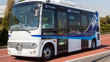 Keren! Jepang Uji Coba Bus Tanpa Sopir di Bandara Haneda