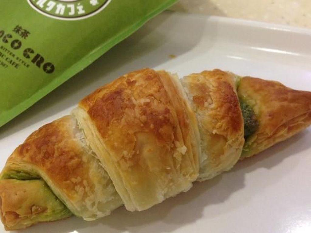 Di Sini Ada Cheese Tart hingga Croissant Mini Isi Matcha yang Legit Harum