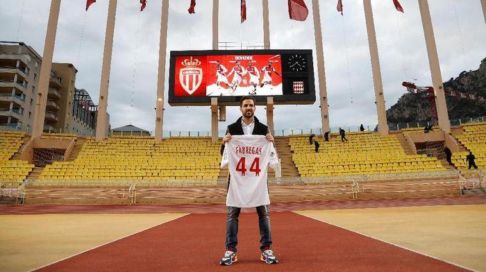 Cesc Fabregas mengaku sulit meninggalkan Inggris. Foto: Eric Gaillard/Reuters