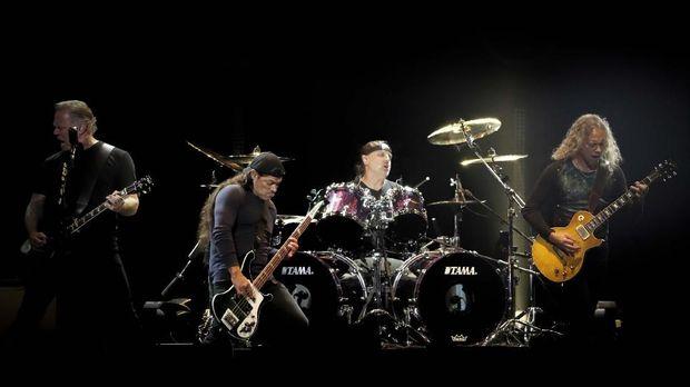 Hetfield Masuk Rehab, Metallica Tunda Tur Austraia-Selandia