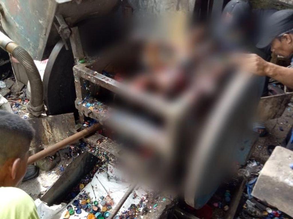 Saksi Tak Tahu Sariman Tergiling karena Suara Mesin yang Keras