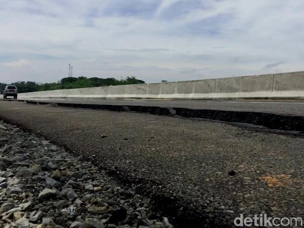 Tol Pemalang-Batang yang Retak Belum Bisa Diperbaiki karena Hujan