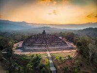 Candi Borobudur, candi Buddha terbesar sedunia (iStock)