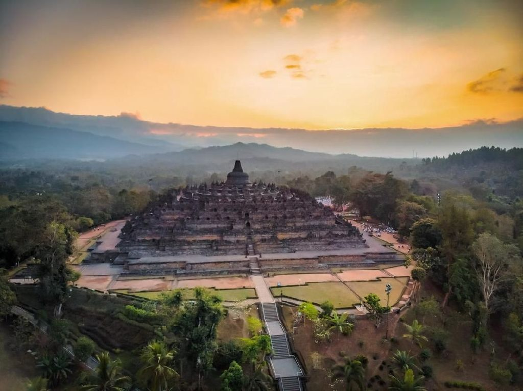 3 Strategi Kemenpar Dongkrak Kunjungan Turis ke Borobudur