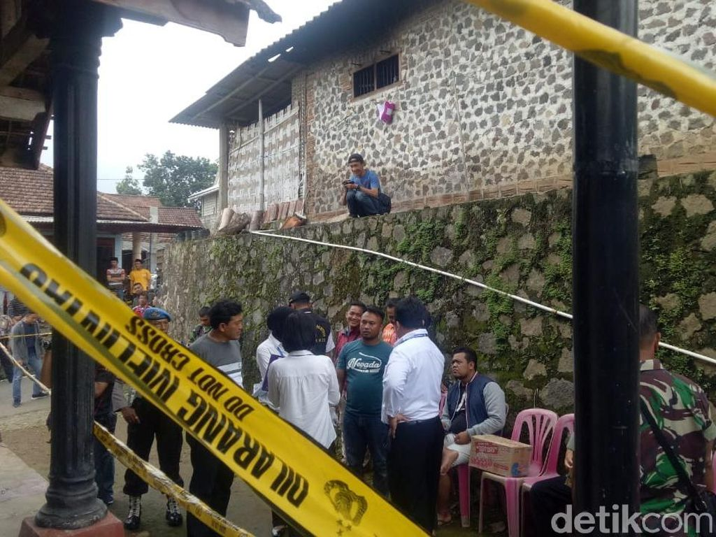 Pelaku Penusukan Istri di Magetan Ditangkap Setelah Kabur ke Hutan