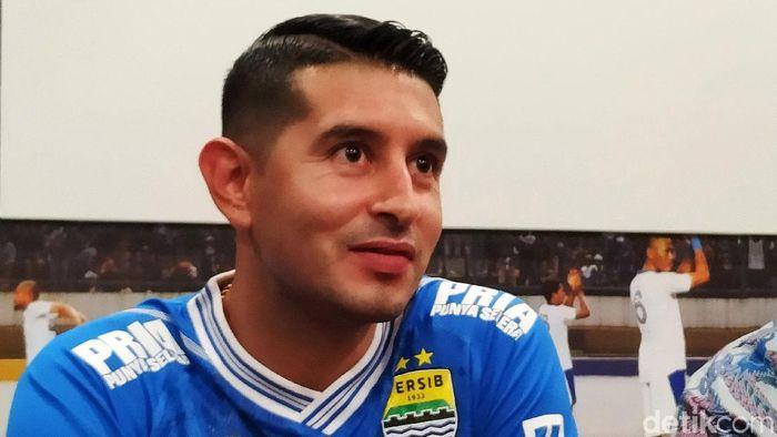 Esteban menolak sepuluh tim lain untuk bergabung dengan Persib Bandung. (Mukhlis Dinillah/detikSport)