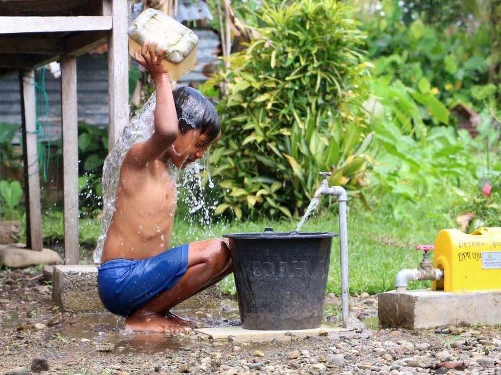 Warga Padang Nikmati Program Hibah Air
