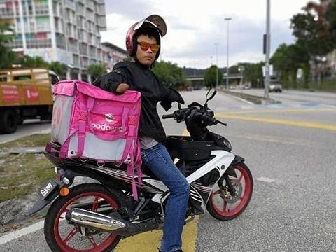 Pengantar makanan difabel Syahrain Fadzil viral.