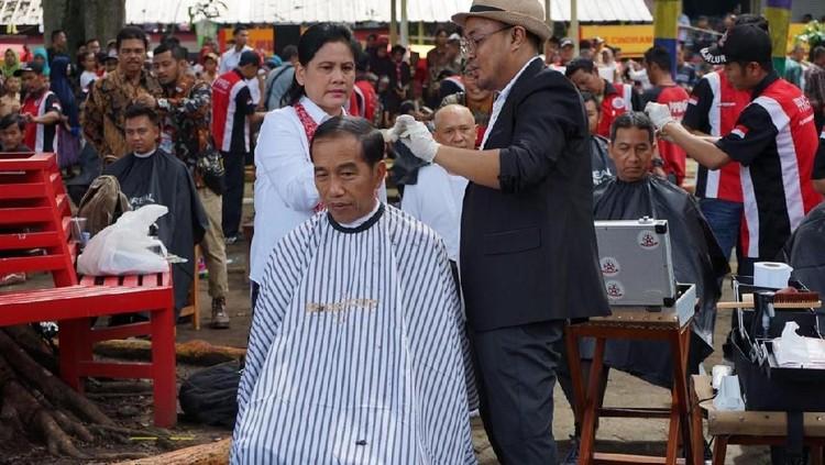Dahnil Sindir Jokowi: Cukur di Garut, Bawa Tukang Cukur dari Jakarta