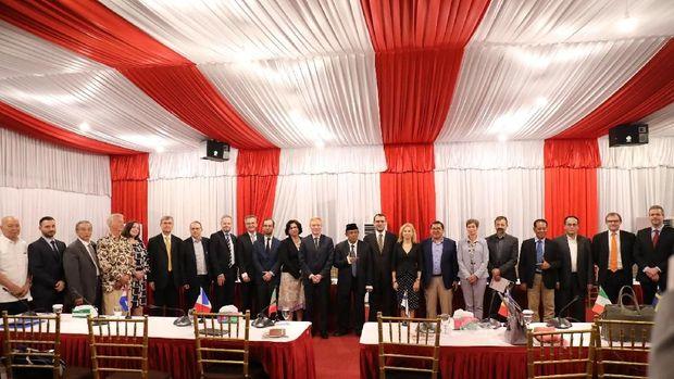 Pertemuan dubes negara UE dengan BPN Prabowo-Sandi.