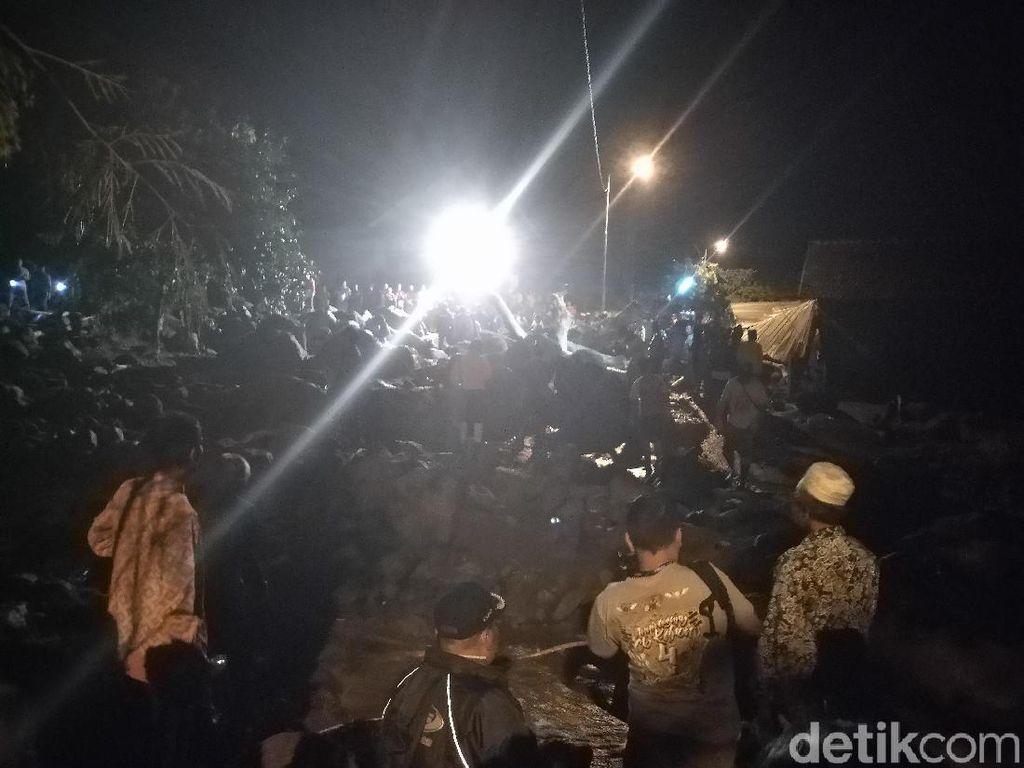 Banjir Bandang Terjang Sebuah Desa di Mojokerto