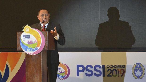 Edy Rahmayadi memilih mundur dari posisi Ketua Umum PSSI. (