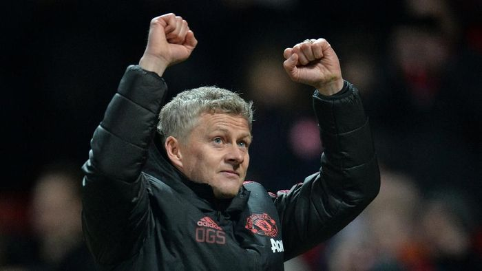 Soccer Football - Premier League - Manchester United v Brighton & Hove Albion - Old Trafford, Manchester, Britain - January 19, 2019  Manchester United interim manager Ole Gunnar Solskjaer celebrates after the match               REUTERS/Peter Powell  EDITORIAL USE ONLY. No use with unauthorized audio, video, data, fixture lists, club/league logos or