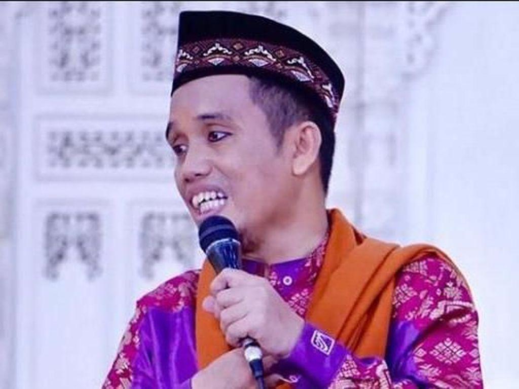 Ditinggal Istri Selamanya, Ustad Maulana: Aku Selalu Mencintaimu Ummi Naura