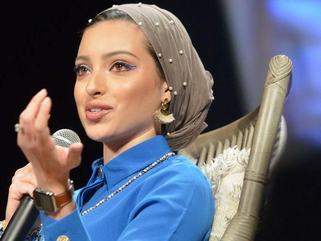 Duh! Jurnalis Muslim Perempuan AS Ditulis Jadi Aktris Pakistan oleh Vogue