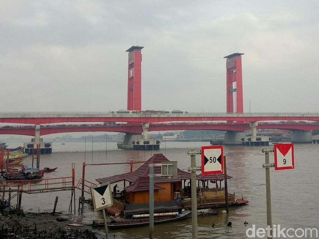 Kemenhub Bakal Renovasi Dermaga di Jembatan Ampera