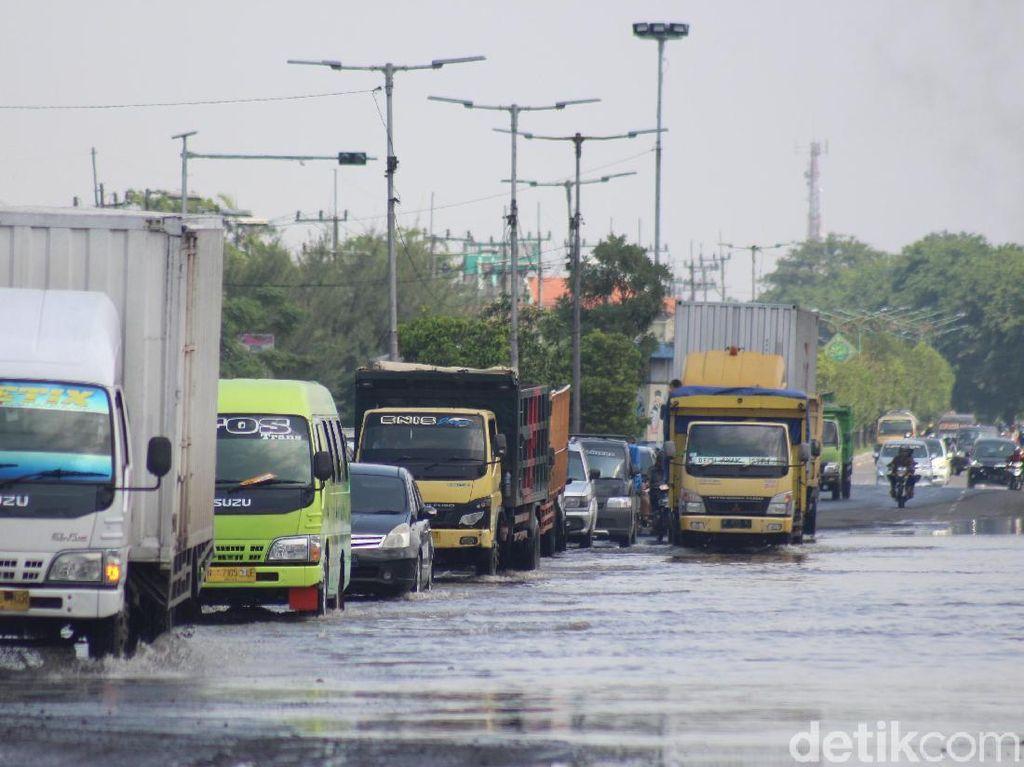 Jalan Raya Porong Lama Kembali Dibuka, Pengendara Diimbau Waspada