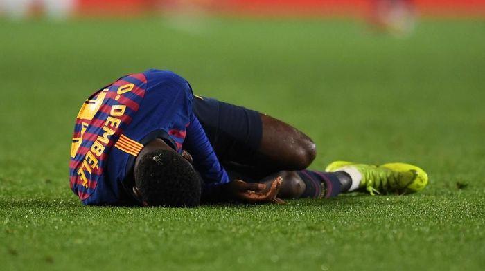 Ousmane Dembele mengalami cedera pada pergelangan kaki (Foto: David Ramos/Getty Images)