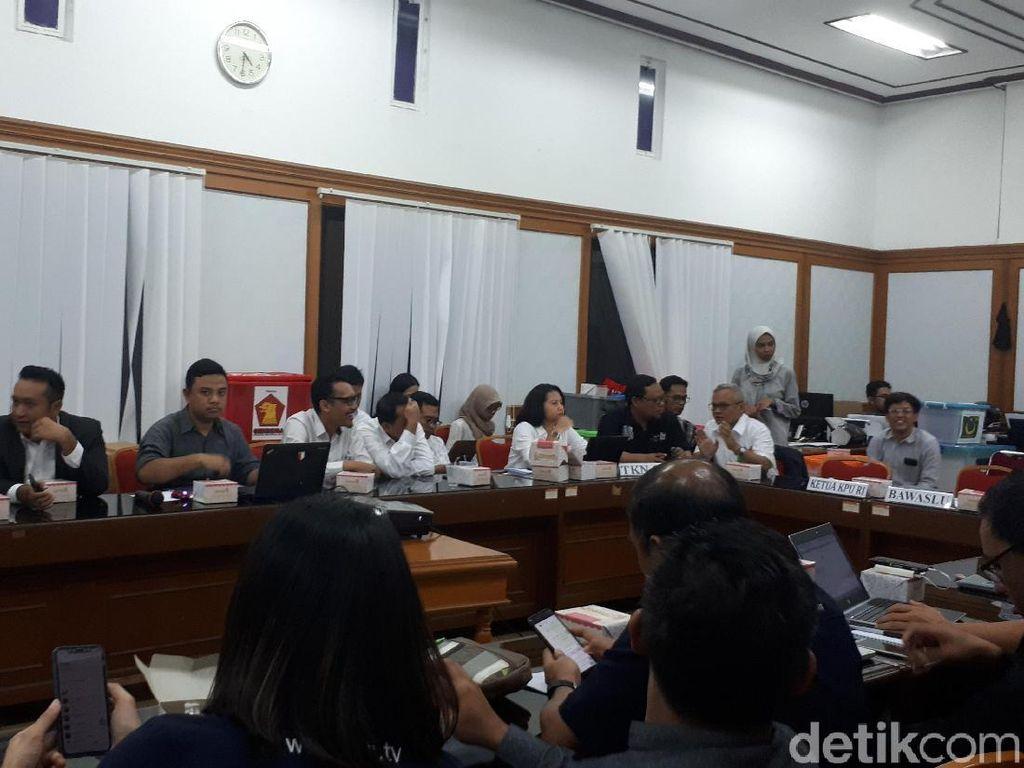 KPU Rapat Evaluasi Debat Capres Pertama dengan Timses-Moderator